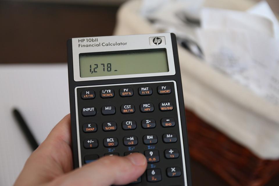 počítání na kalkulačce