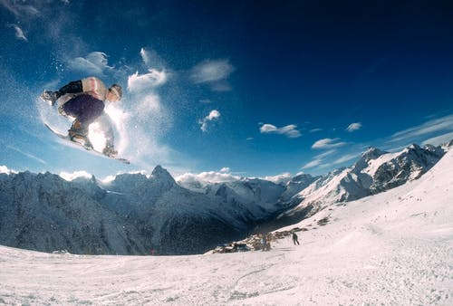 zima snowboard